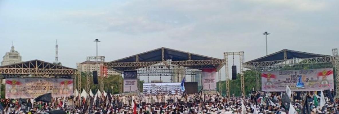 Lantunan Takbir Jutaan Massa Reuni 212 Sambut Kedatangan Prabowo Subianto