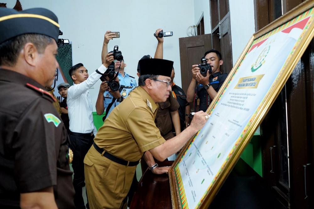 Bupati Inhil HM Wardan Hadiri Pencanangan Pembangunan Zona Integritas Menuju WBK dan WBBM